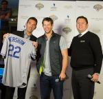 Clayton Kershaw Presents Signed Jersey to Lagasse's Stadium