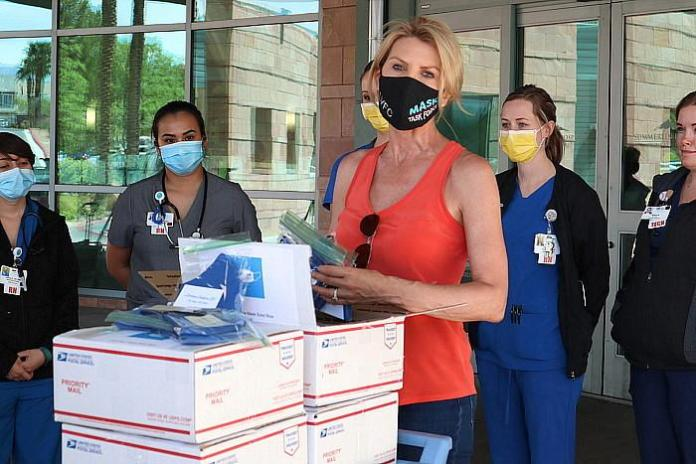 Fashion Show Las Vegas Teams Up With The Mask Task Force To Provide 400 Masks To The Valley Health System