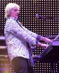 Geoff Downes with YES at the DLVEC