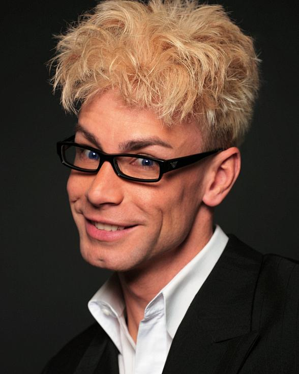 The Laugh Factory Las Vegas Adds 'Celebrity Magician' MURRAY to Sidesplitting Comedy Lineup