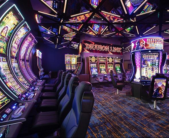 The STRAT Hotel, Casino and SkyPod Debuts New Link Slot Lounge and First Phase of Casino Remodel