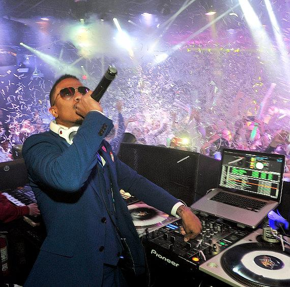 Nick Cannon and Amber Rose at 1 OAK Las Vegas at The Mirage