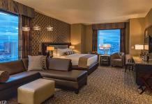 Rush Tower Suite - Gold Club