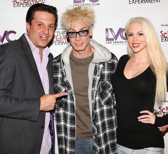 """Douglas """"Lefty"""" Leferovic, Murray SawChuck and Chloe Louise Crawford of """"MURRAY: Celebrity Magician"""" at Tropicana"""