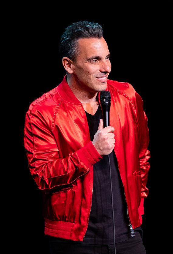 """Sebastian Maniscalco Makes Wynn Las Vegas Debut with Back-to-Back Performances of His """"Stay Hungry"""" Tour at Encore Theater"""