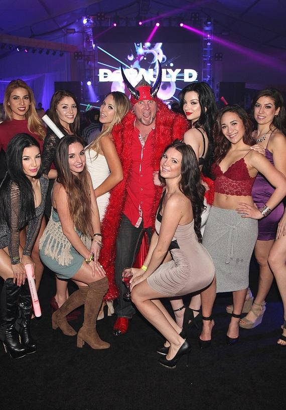 """DJ Pauly D spins at """"Winter Wonderland EDM Pop Up Series"""" at DLVEC with Horny Mike, Derek Stevens and Nicole Parthum"""