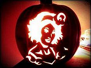 ABSINTHE's Penny Pibbets Announces Halloween Pumpkin Carving Contest
