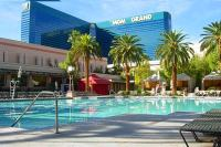 Las Vegas Pools Open Year Round - Vegas Pool Season