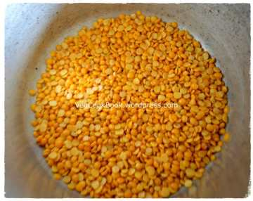 Toor Dal/Kandi Pappu/Yellow Split Lentils taken in pressure cooker