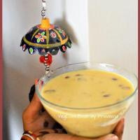 Pesarapappu Payasam / Yellow Moong Dal Kheer