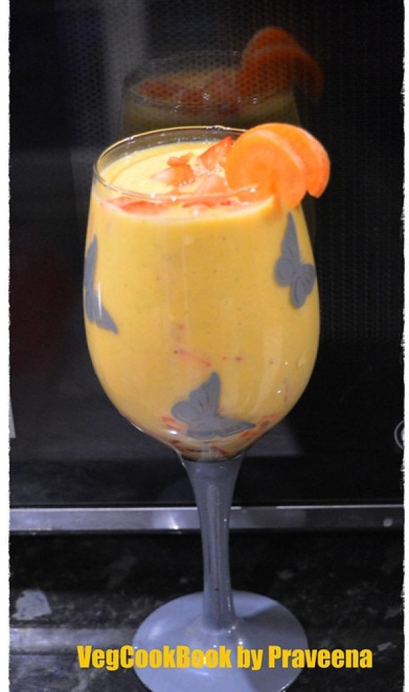 carrots and oats smoothie. No sweetener, Healthy, Nutritious, Wholesome Smoothie for weight loss diet, weight watchers, diabetic diet plan.