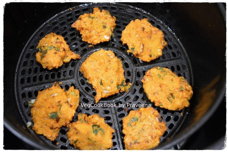 Cabbage & Masoor Dal / Red Lentil Pakoda