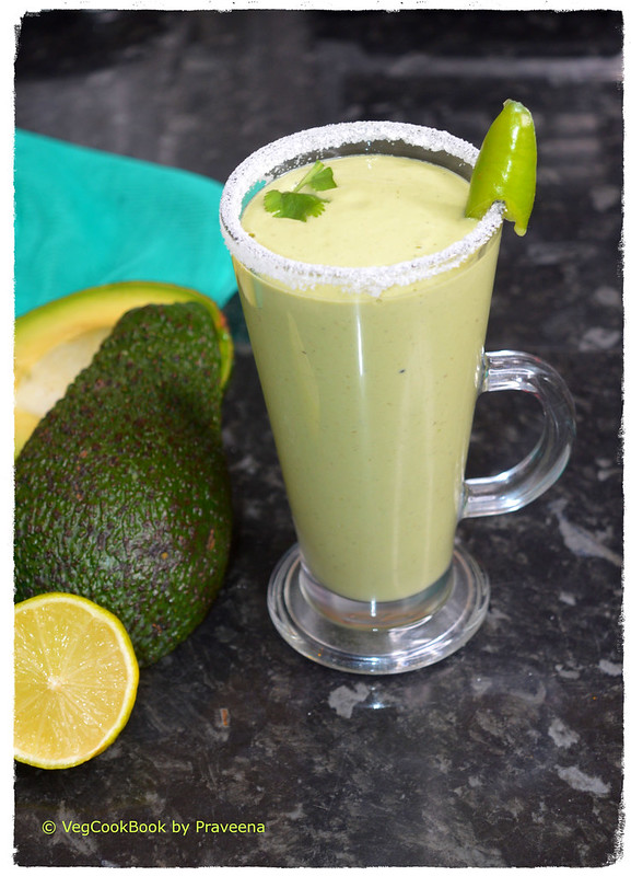 avocado - jalapeno smoothie / lassi