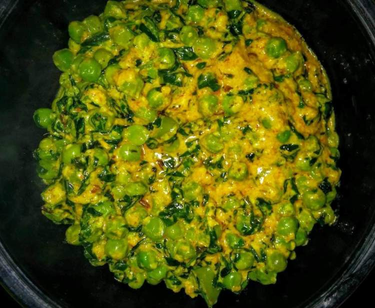 Methi Matar Malai Recipe