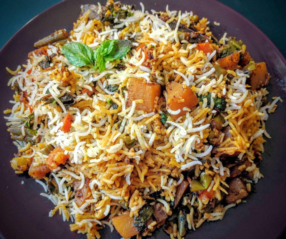 Veg Biryani Recipe (Hyderabadi Veg Dum Biryani)