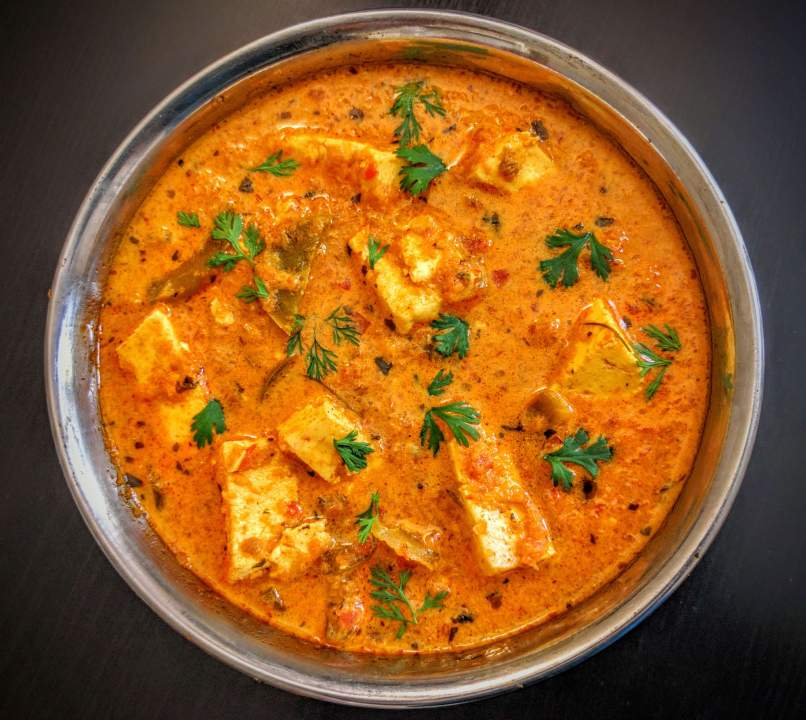 Kadai Paneer Gravy is a popular Indian curry made of Paneer cubes cooked in a spicy & aromatic onion tomato gravy and flavored with spices.