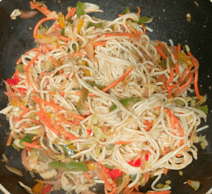 Veg Hakka Noodles Recipe with Step By Step Instructions 15