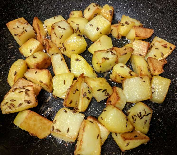 Aloo Capsicum Recipe Step By Step Instructions 3