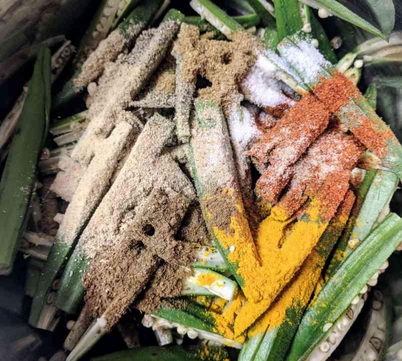 Kurkuri Bhindi Recipe Step By Step Instructions 2