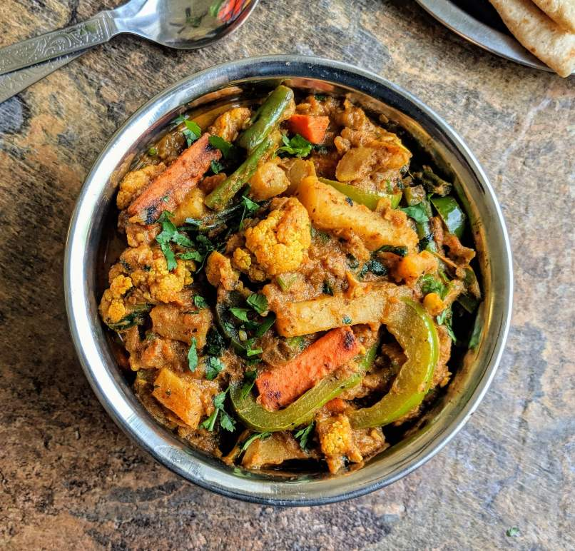 Veg kadai is a delicious Indian vegetarian dish comprising of a mixture of veggies in cooked in a gravy flavored with a special kadai masala.