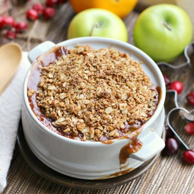 Delicious Apple Cranberry Crisp