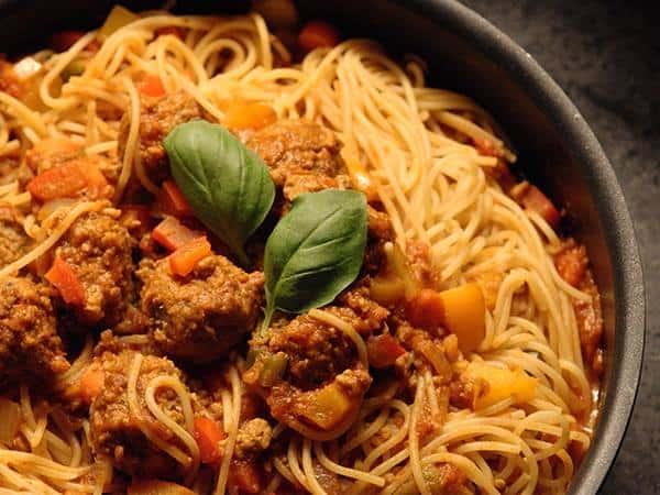 Spaghetti primavera et boulettes végé