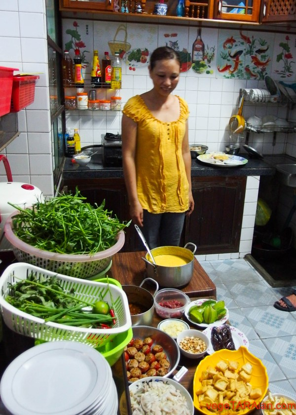 Dinner with local family in Hue