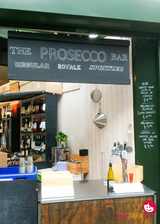 Borough Market prosecco bar