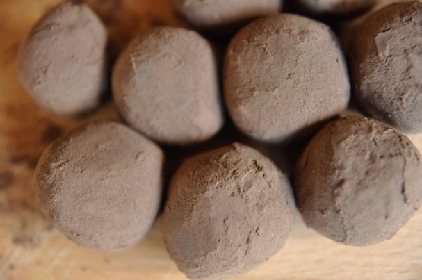 How To Make Vegan Avocado Truffles | Only 3 Ingredients