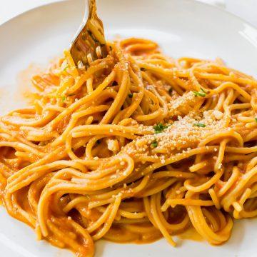 Vegetarian Spaghetti Sauce being twirled on a fork.