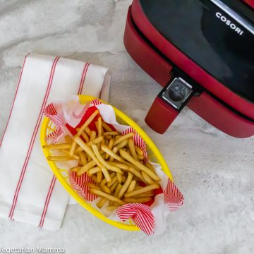 Air Fryer Frozen French Fries overview of cooked fries and air fryer unit