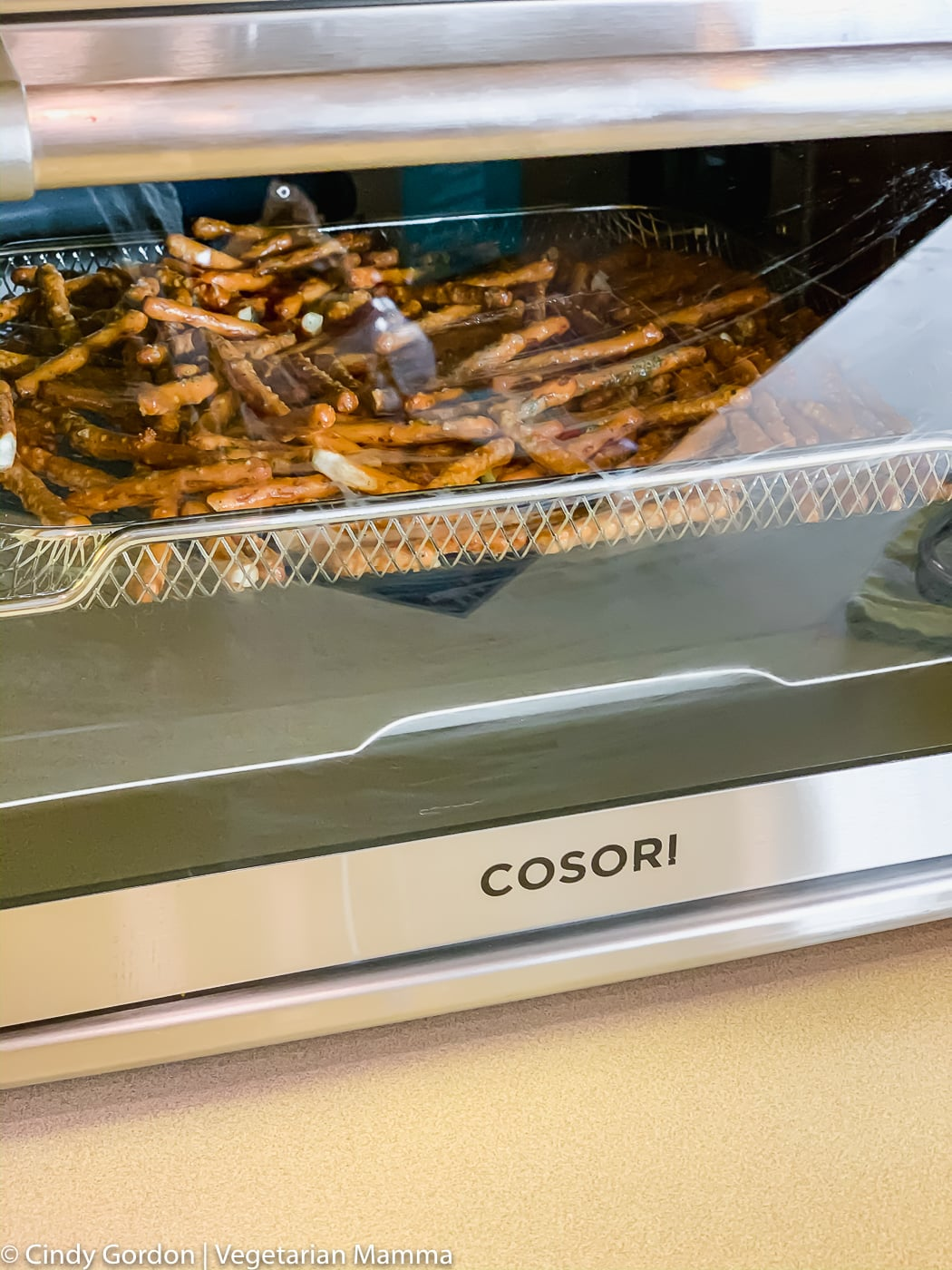 air fryer seasoned pretzels in the air fryer oven