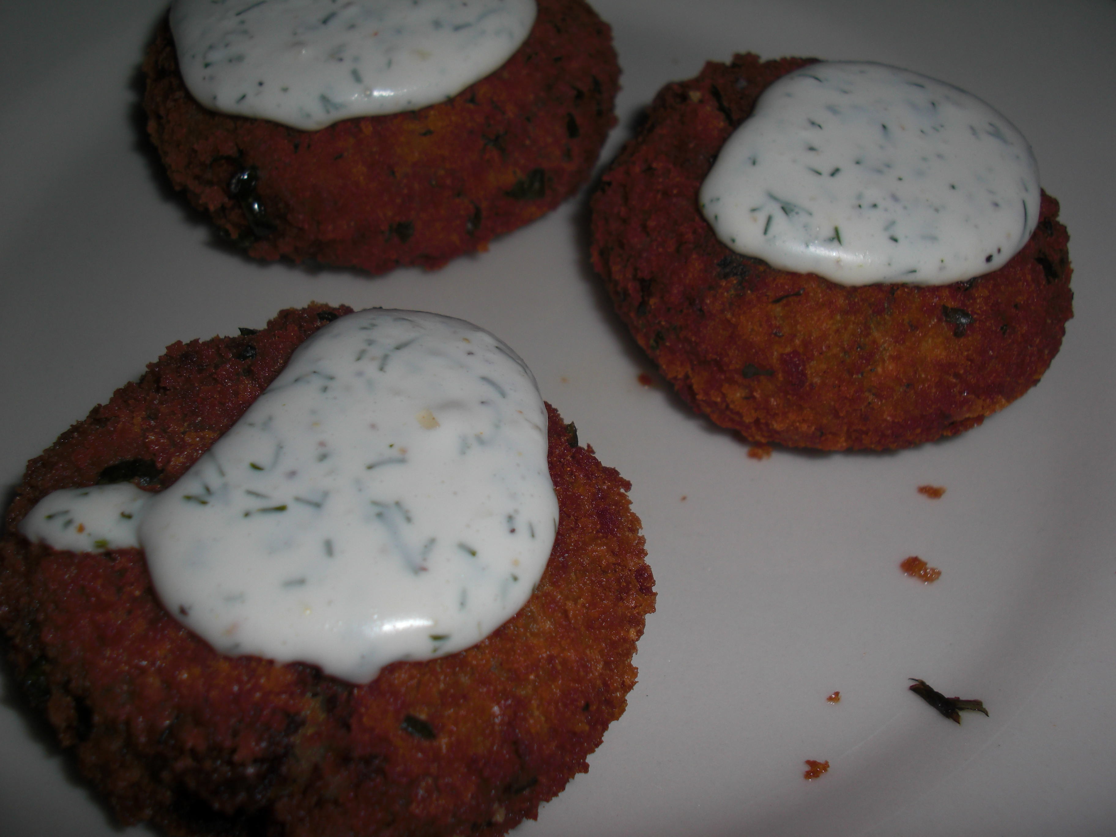 Spinach Croquettes with vegan garlic herb sauce
