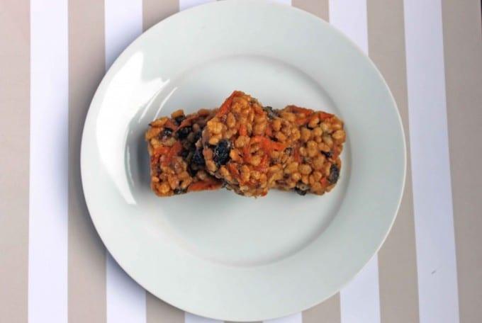 Carrot and Peanut Butter Rice Krispie Squares | Veggie Desserts Blog