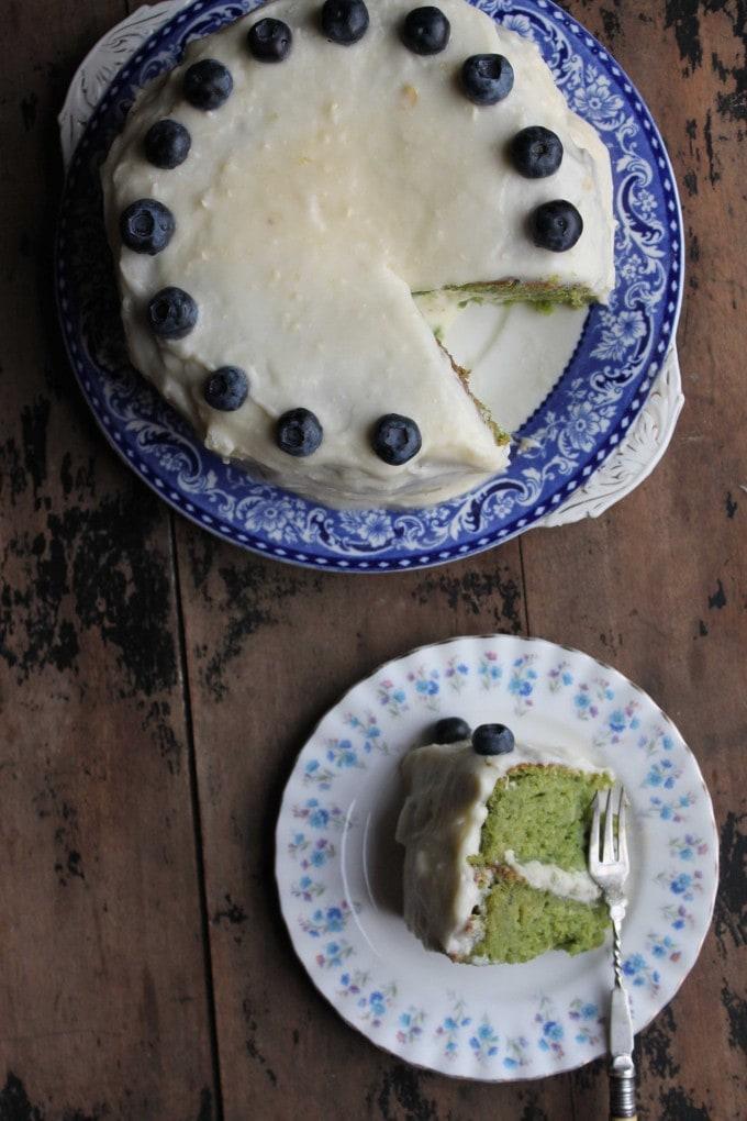 Kale cake! Kale Apple Cake with Apple Icing | Veggie Desserts Blog