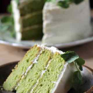 Sweet Pea and Vanilla Cake with Lemon Icing | Veggie Desserts