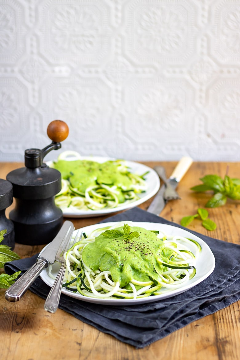 Spiralized Zucchini Fettuccine with Pea and Mint Sauce | VeggieDesserts Blog