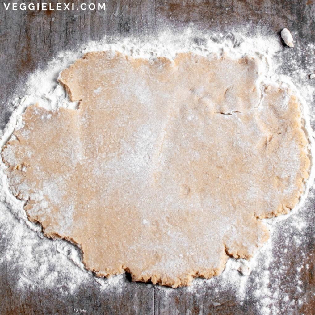 Healthy and delicious scallion pancakes that are made with oat flour. Vegan, gluten free, and oil free! #veggielexi #veganrecipes #glutenfreerecipes - by Veggie Lexi