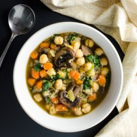Quick Mushroom Quinoa Soup