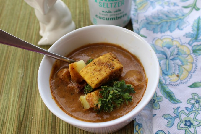 Spicy Tofu Tikka Masala is a welcome addition to any table. It will fill your kitchen with the heady aroma of Indian spices.