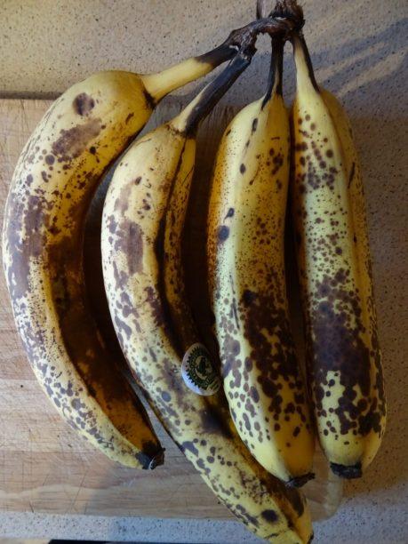 Vegan Banana & Coconut Cake Recipe