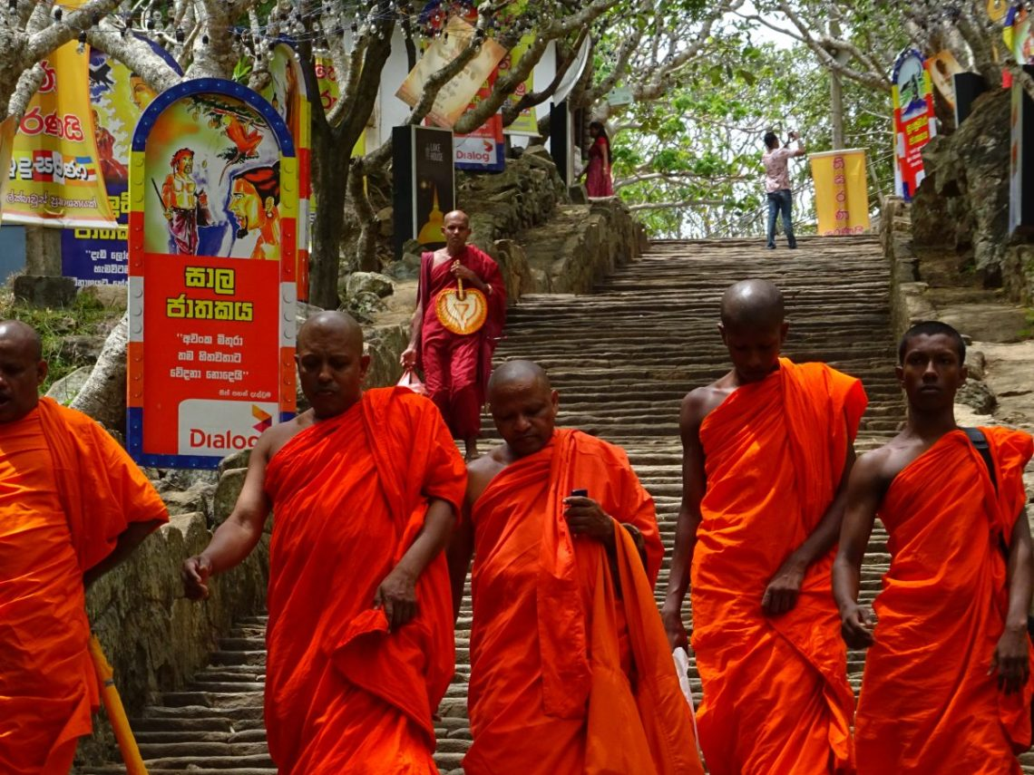 Your Go-To Guide to Backpacking Sri Lanka