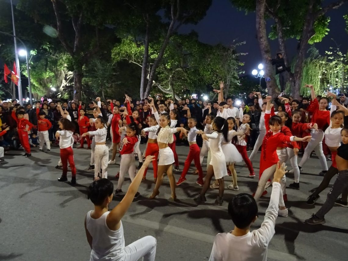 Young street performers in Hanoi
