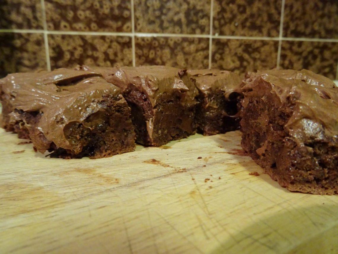 Super Fudgy Vegan Pumpkin and Chocolate Brownies