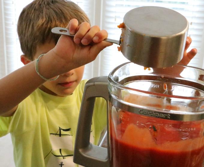 making-sauce
