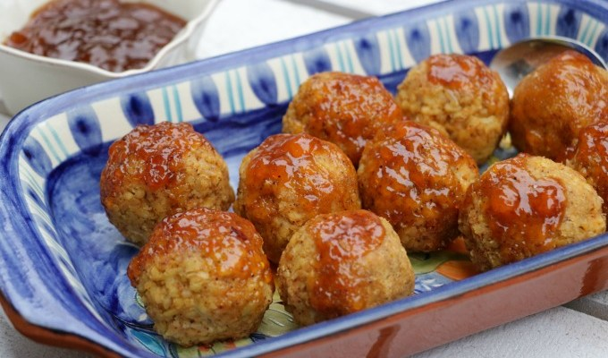 Apricot Glazed Tempeh Meatballs