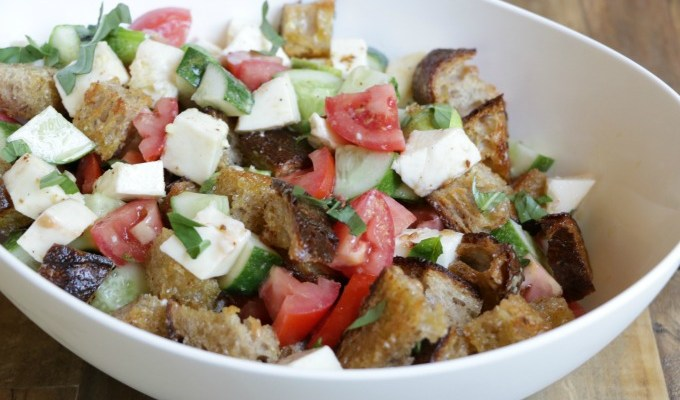 Mozzarella Panzanella Salad