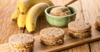 Snack de banana e pasta de amendoim