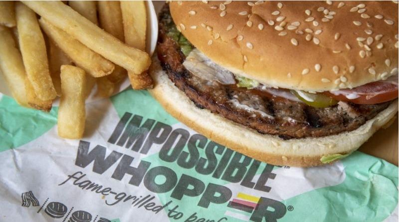 Cliente processa Burger King  por achar carne em hambúrguer sem carne