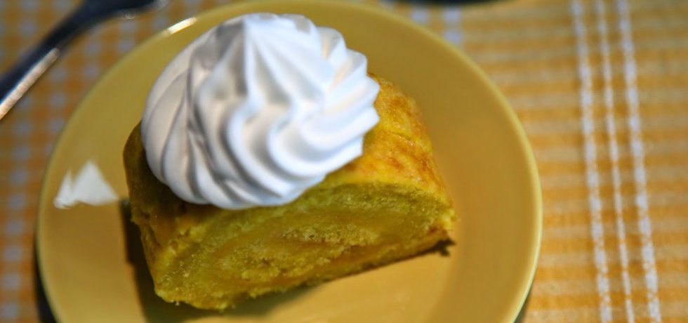 Påskrulltårta med citron